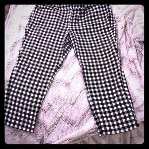 Checkered Black & White Loft Crop Pant